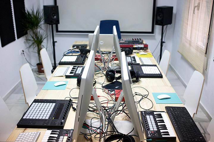 Master en Producción de Música Electrónica: 4 Pack