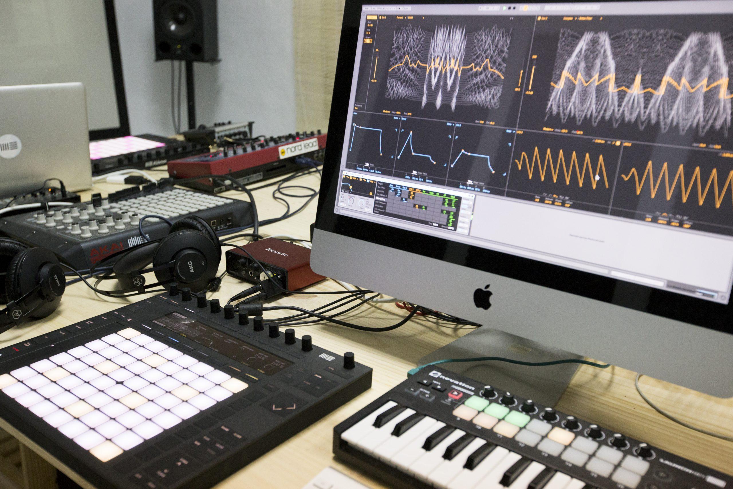 Master Producción musical y dj
